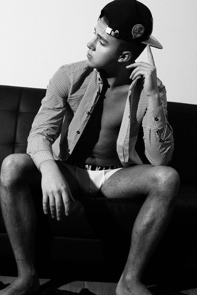 Photos : le Bieber, bientôt dans un film érotique-gay !