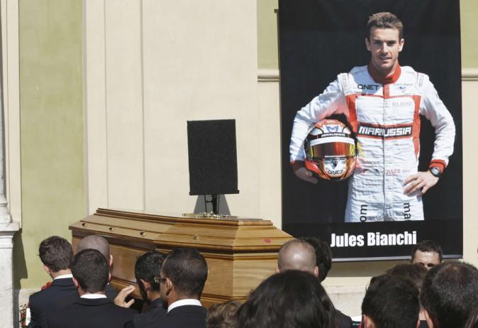 Le monde de la F1 réuni pour dire adieu à Jules Bianchi