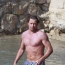 N°8 des beaux mecs : Simon Baker