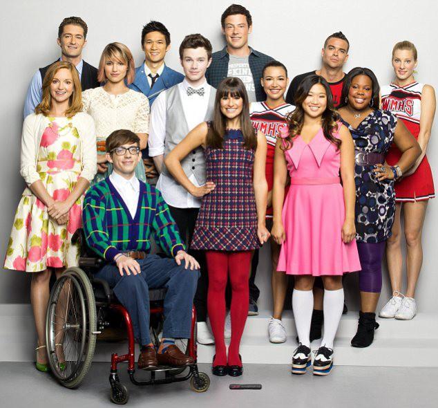 Le casting de la série Glee avec Cory Monteith et Lea Michele.