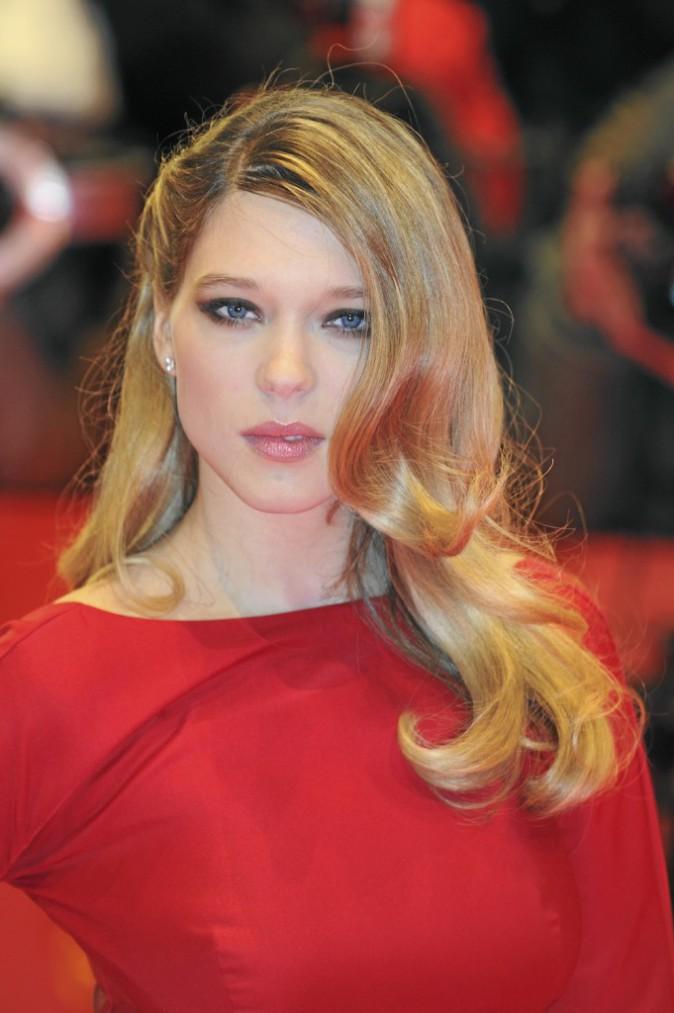 09/02/12 Sa carrière avance et son style s'affrme. Léa ose le look glamour sur le red carpet.
