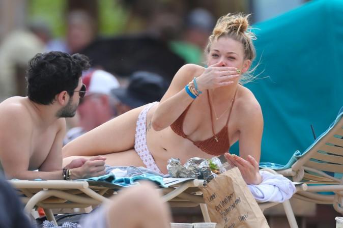 LeAnn Rimes en vacances à Hawaï avec son mari Eddie Cibrian le 6 février 2014