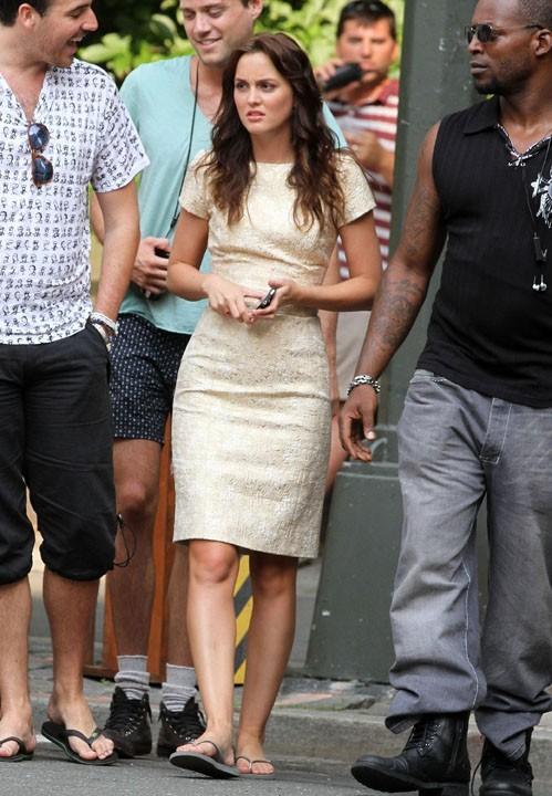 Leighton Meester sur le tournage de Gossip Girl à New York, le 7 juillet 2011.