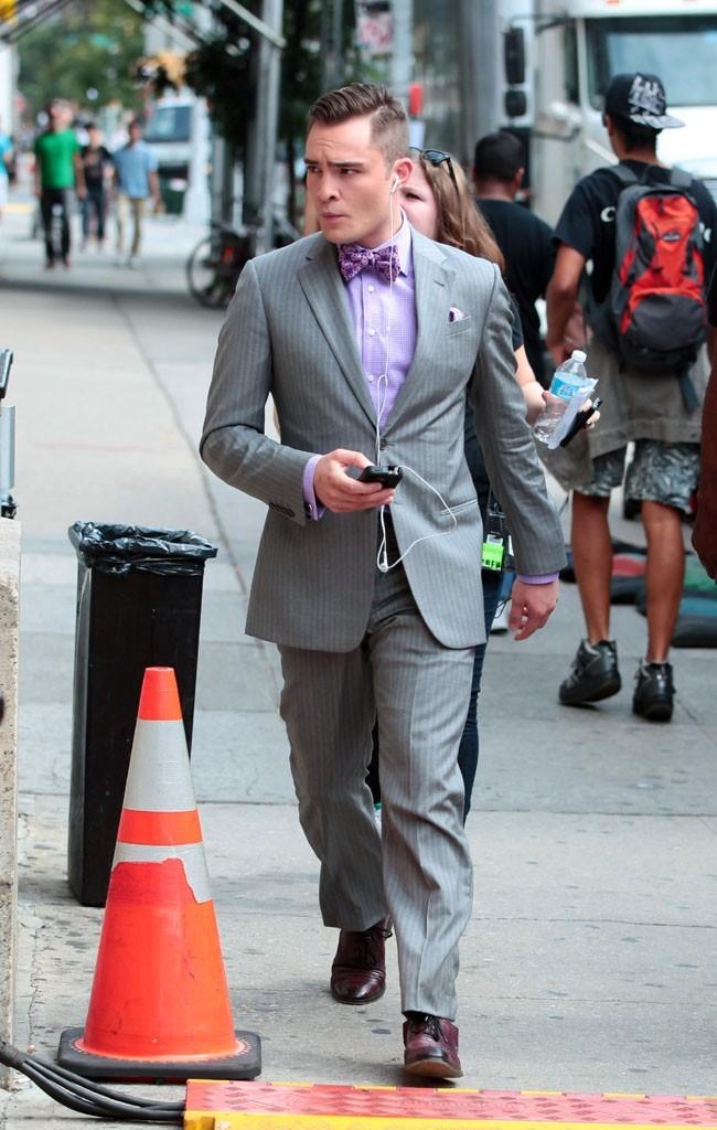 Ed Westwick sur le tournage de Gossip Girl à New-York le 31 juillet 2012