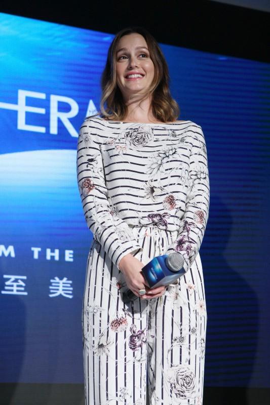 Leighton Meester en promo pour Biotherm à Shanghai, le 21 novembre 2013.