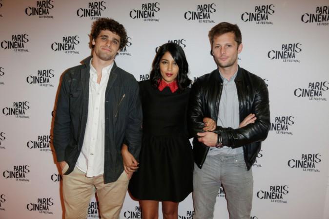 """Arthur Dupont, Leïla Bekhti et Nicolas Duvauchelle lors de l'avant-première du film """"Maintenant ou jamais"""", le 10 juillet 2014."""