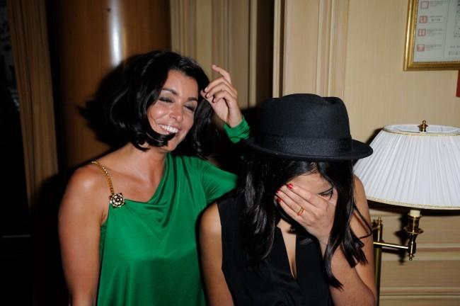 Jenifer et Leïla Bekhti lors du Global Gift Gala à Paris, le 28 mai 2012.