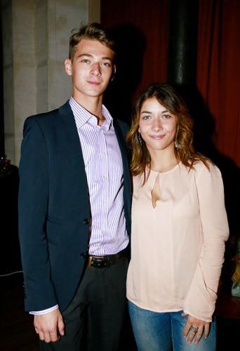 Photos : Léonard Trierweiler inséparable de sa girlfriend, Julie !