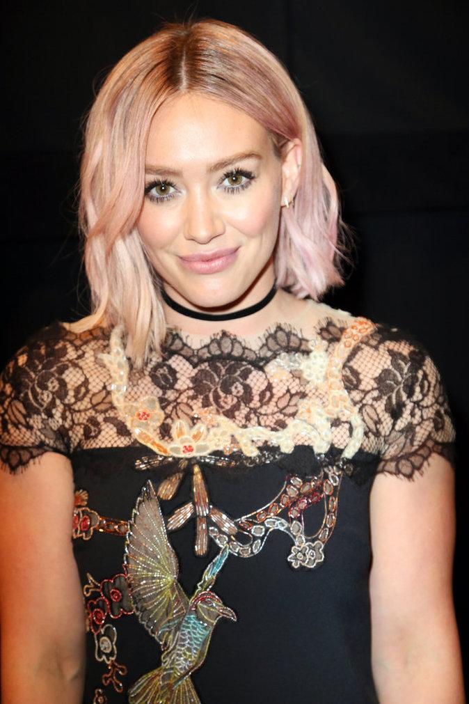 Hilary Duff (@ohheyhilary)