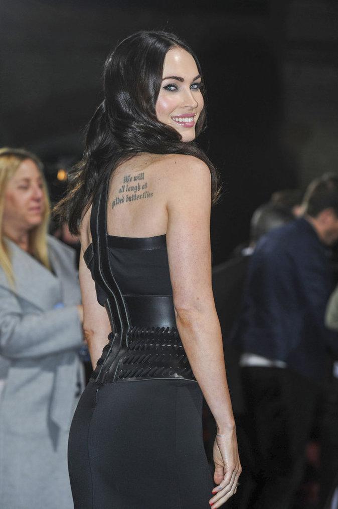 Les inscriptions dans le dos de Megan Fox
