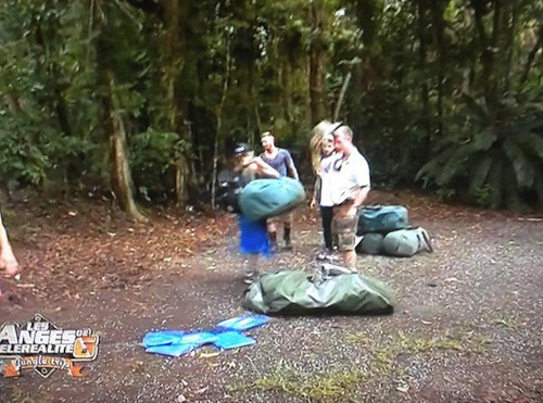 Les aventuriers installent leur campement