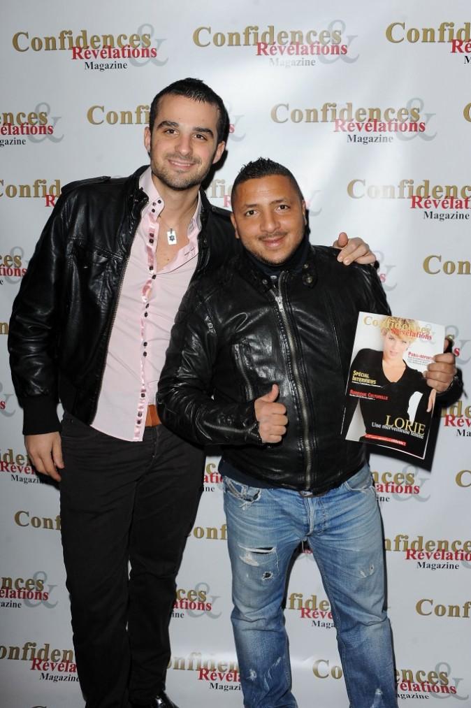 Benjamin Kalifa et Kamel lors de la soirée de lancement du magazine Confidences et Révélations à Paris, le 29 décembre 2011.