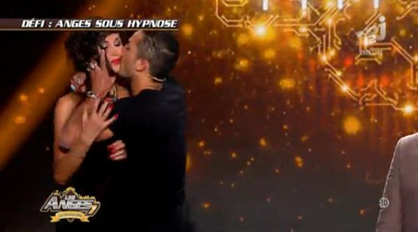 Photos : Les retrouvailles des Anges : Vivian embrasse Somayeh, Thibault dégaine les talons hauts !
