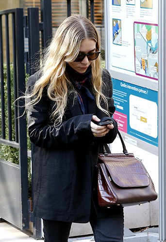 Ashley Olsen à Paris le 6 mars 2014