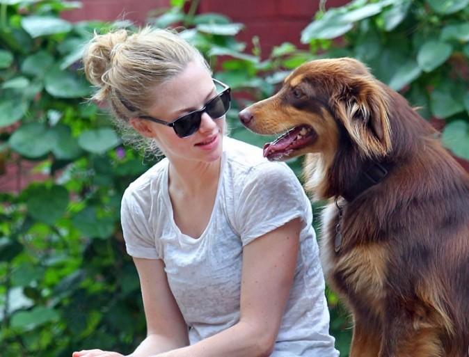 Amanda Seyfried, son chien Finn, c'est comme son fils !