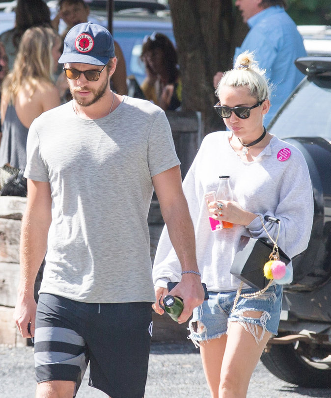 Photos : Liam Hemsworth et Miley Cyrus en vacances en Australie