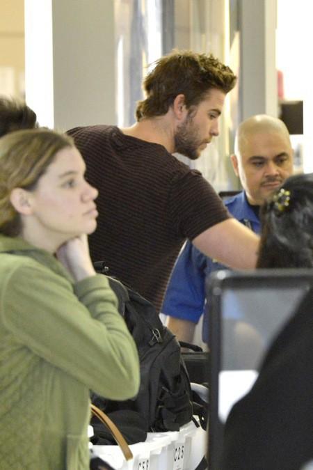 Photos : Liam Hemsworth : Miley l'a remplacé... il quitte Los Angeles !