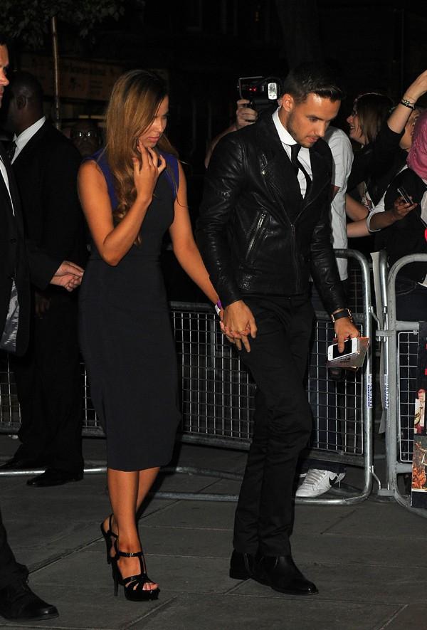 """Liam Payne avec sa nouvelle conquête à l'after-party de """"1D : This is us"""" à Londres le 20 août 2013"""