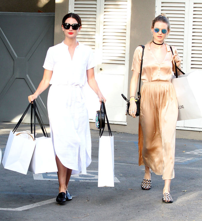 Lily Aldridge et Behati Prinsloo : les Anges en séance shopping !