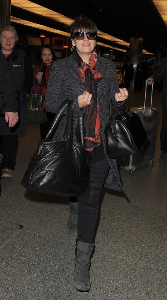 Lily (Allen) Cooper à son arrivée à Londres le 27 février 2013