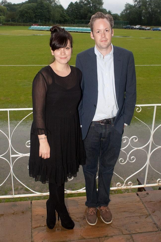 Avec son mari, Sam Cooper