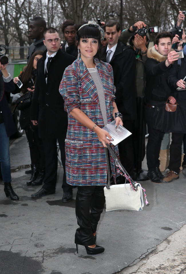 Lily Allen au défilé haute-couture Chanel organisé au Grand Palais de Paris le 21 janvier 2014