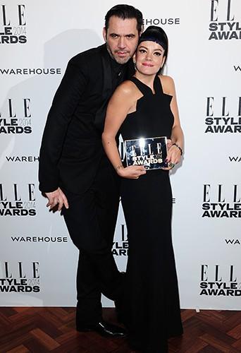 Roland Mouret et Lily Allen à Londres le 18 février 2014
