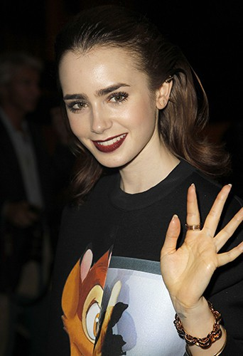 Lily Collins à Paris le 29 septembre 2013