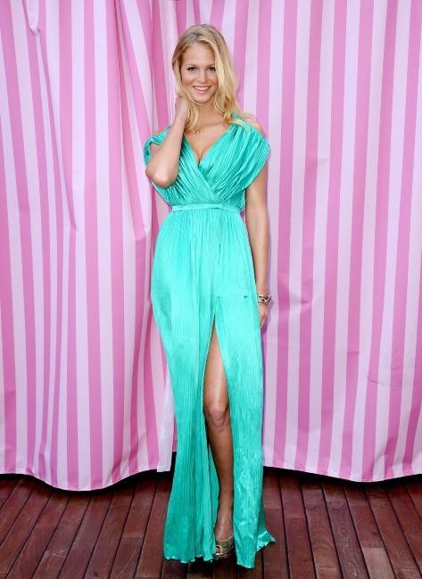 Erin Heatherton en promo à Beverly Hills, le 10 mai 2012.