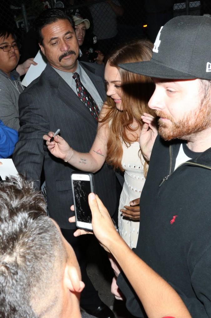 Photos : Lindsay Lohan : elle apparait plus en forme que jamais devant ses fans toujours au rendez-vous !