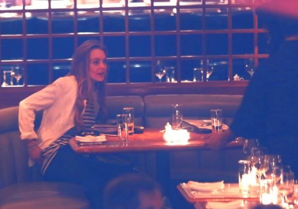 Lindsay Lohan et une amie au restaurant Lure à New York, le 8 avril 2013.