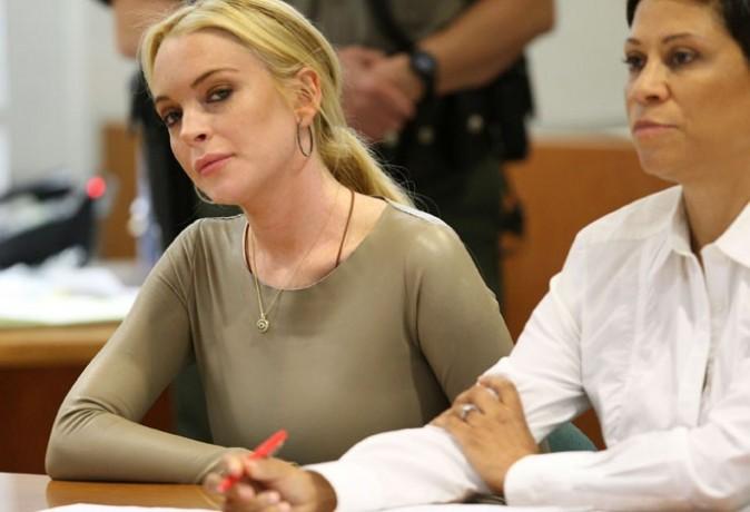 Lindsay a l'air sérieuse comme ça ...