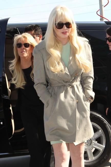 Lindsay Lohan arrivant au tribunal de Los Angeles, le 22 février 2012.