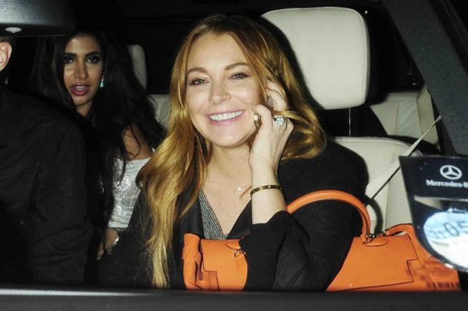 """Lindsay Lohan : suite à la première de sa pièce de théâtre, elle relativise : """"ça aurait pu être un désastre"""" !"""
