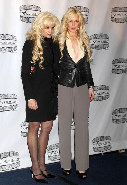 Avec la vraie Victoria Gotti, que l'actrice devra incarner à l'écran