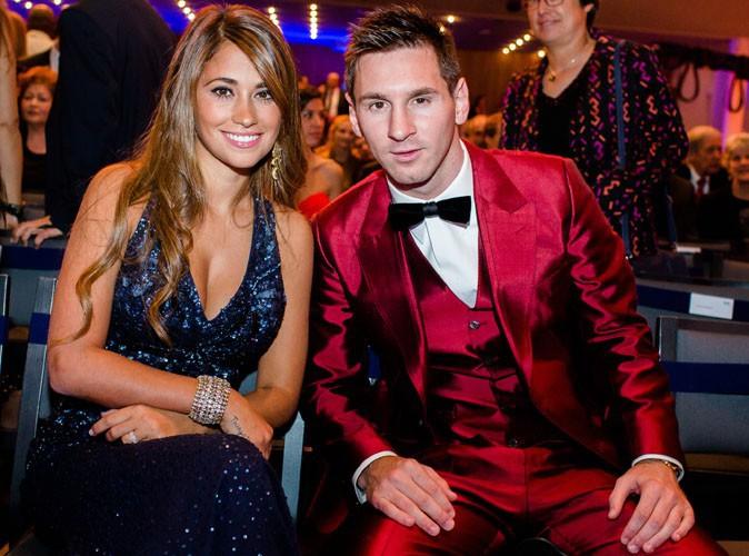 Lionel Messi : carton rouge son costume à la cérémonie du Ballon d'Or 2013 !