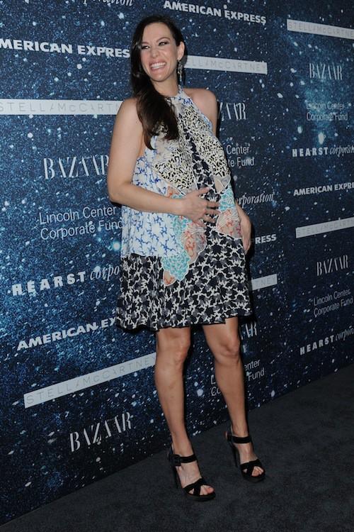 Photos : Liv Tyler : radieuse et épanouie pour sa deuxième grossesse !