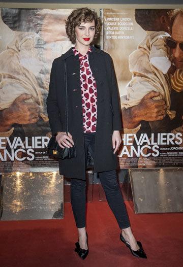 Photos : Louise Bourgoin en formes à la première parisienne des Chevaliers Blancs