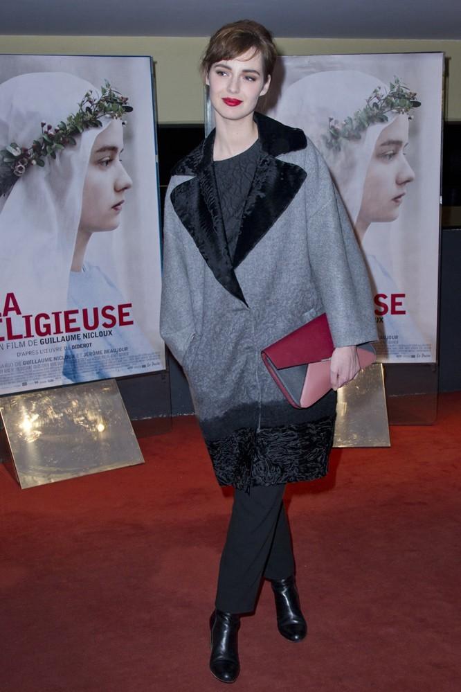 Louise Bourgoin à l'avant-première de La Religieuse à Paris le 12 mars 2013