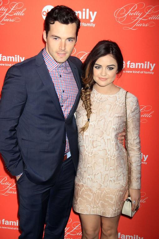 Ian Harding et Lucy Hale à la soirée Pretty Little Liars organisée à New-York le 18 mars 2013