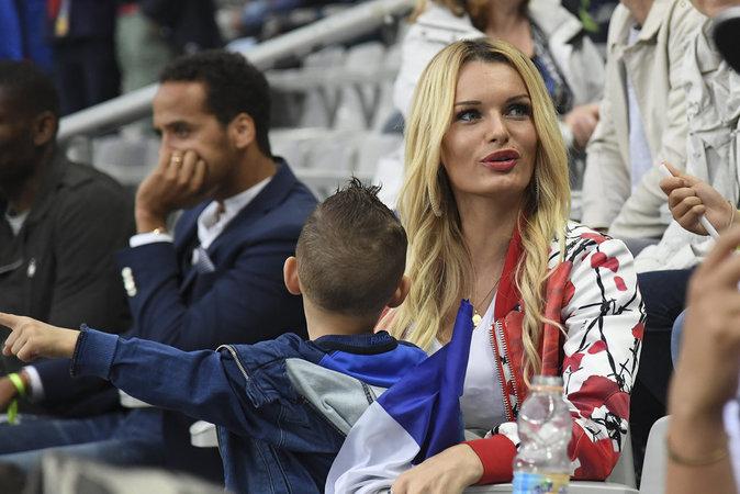 Photos : Ludivine Sagna, Sidonie Biemont, Jennifer Giroud : trop fières de leurs compagnons !