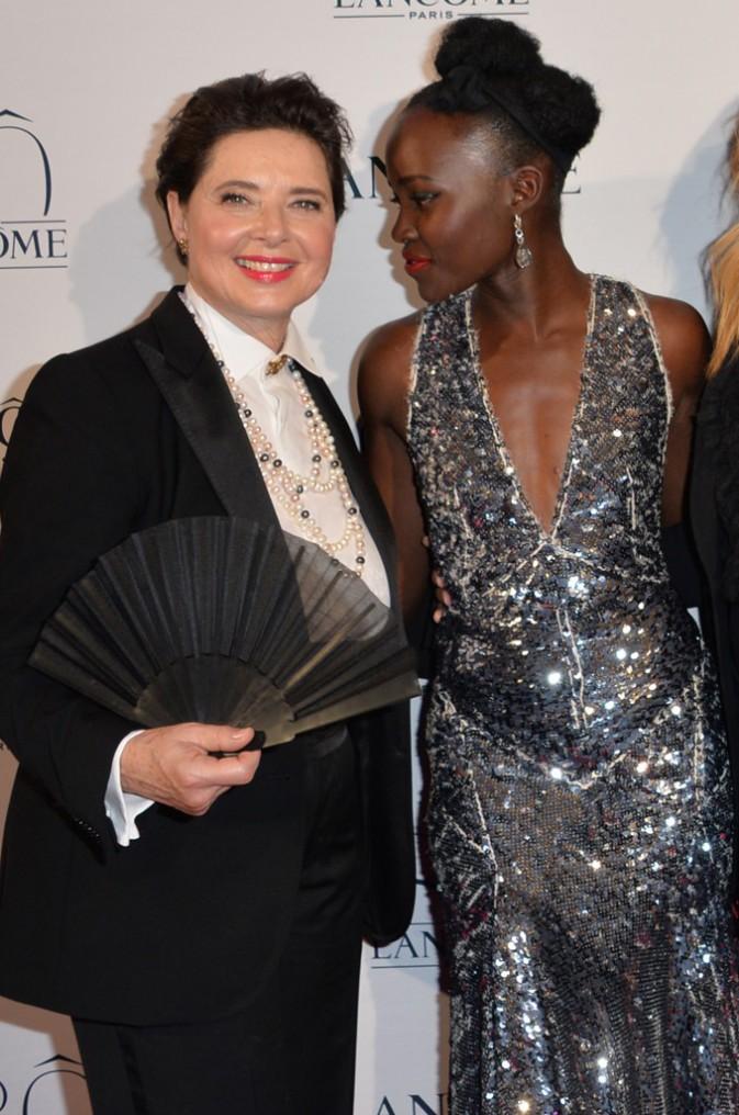 Isabella Rossellini et Lupita Nyong'o le 7 juillet 2015