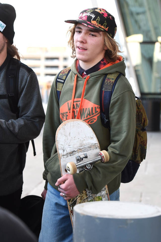 Madonna à son arrivée à l'aéroport JFK de New-York avec ses trois enfants le 7 janvier 2015