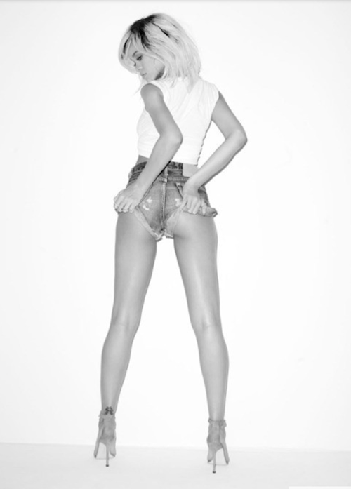 Photos : Madonna, Rihanna, Miley Cyrus, Lady Gaga… : elles ont toutes fait des photos hot pour Terry Richardson !