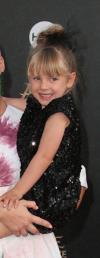 Photos : Mais qui est la célèbre maman de cette adorable fillette ?