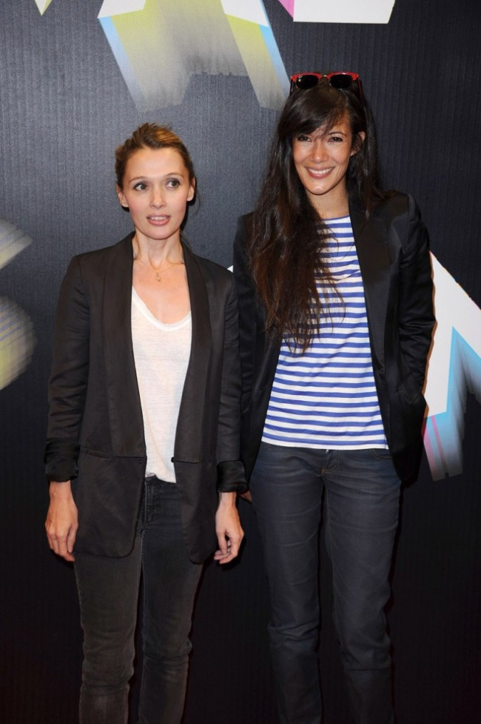 Anne Marivin et Mélanie Doutey lors du Festival Paris Cinéma, le 30 juin 2011 à Paris.
