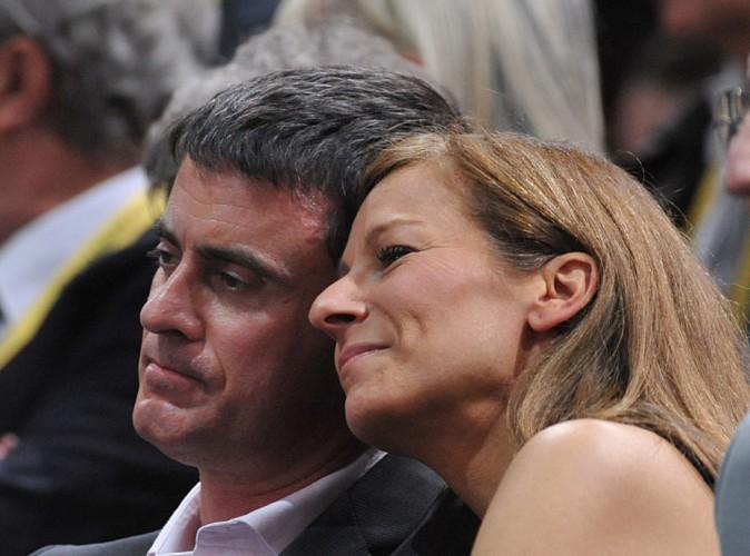 Manuel Valls et Anne Gravoin : le couple s'autorise des instants de tendresse dans les tribunes de Paris-Bercy !