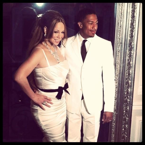 Mariah Carey et Nick Cannon lors de leur photocall parisien au Plaza Athénée, le 27 avril 2012.
