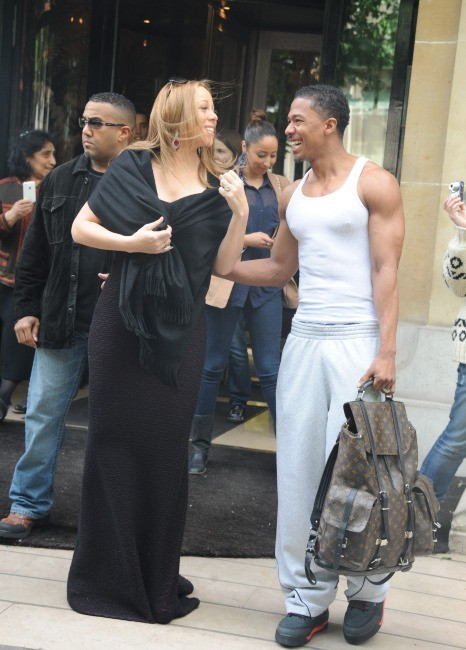 Mariah Carey et Nick Cannon sortant du Plaza Athénée à Paris, le 29 avril 2012.
