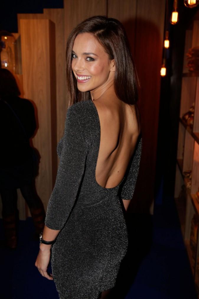 Photos : Marine Lorphelin divine en robe dos nu !